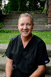 Dr. Jonathan Goss DDS, MAGD